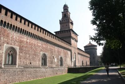 1-Panoramica-Castello_Sforzesco-Milano