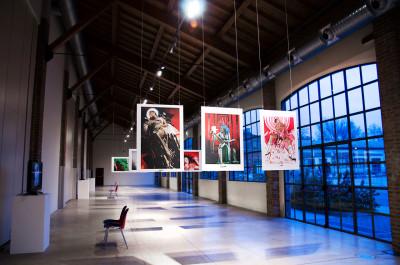 top-tag-mostra-donne-fabbrica-del-vapore-2013-02