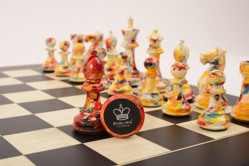 Art Chess by Olivia Pilling Red v Floral 003