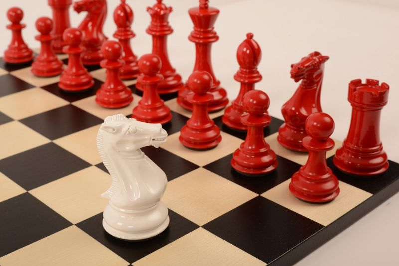 Bold Chess Classic Red v Gloss White close up new