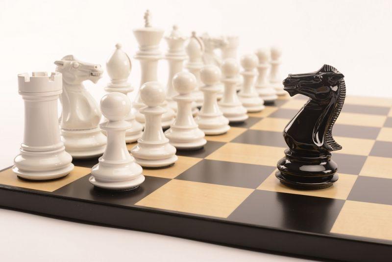 Bold Chess Gloss White v Shadow Black close up 1