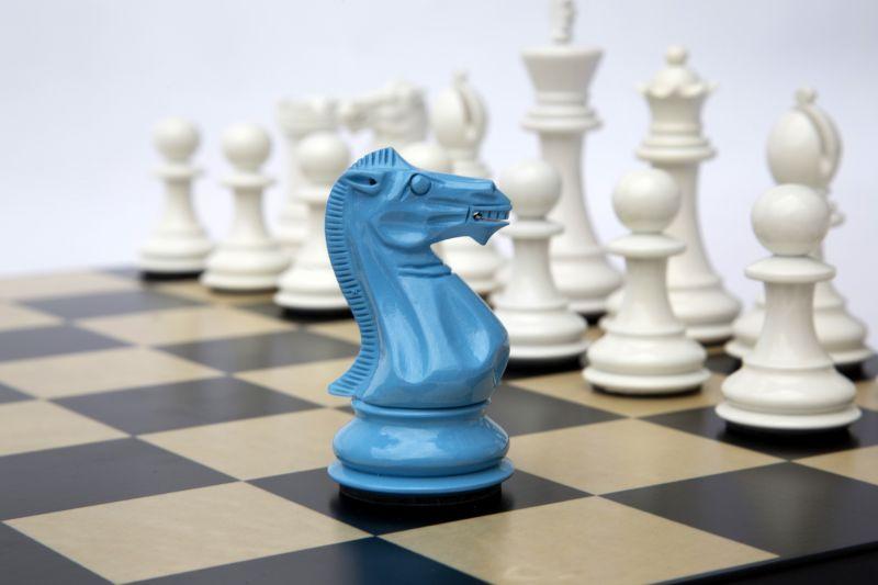 Bold Chess in Sky Blue & Gloss White 002