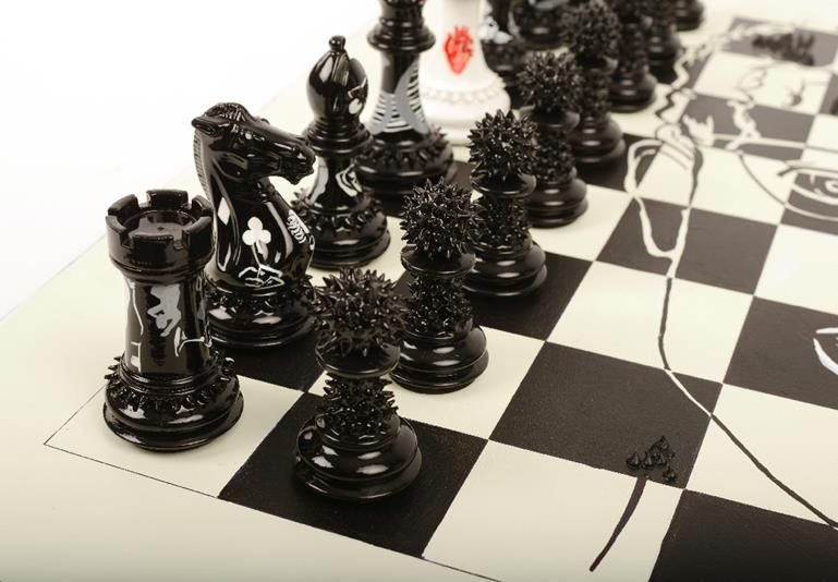 Purling London Art Chess by Daniela Raytchev with board