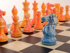 Art Chess Darren MacPherson Blue v Yellow 2 12000