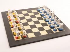 Art Chess by Richard Morrissey No5 Red Yellow Blue 001